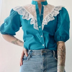 Vintage 70s Puff Balloon Sleeve & Lace Peasant Top